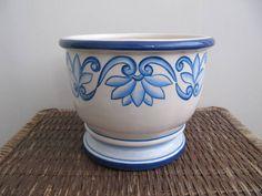 Cachepot  de Cerâmica Azul R$ 85,00