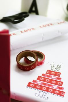 Birthday cake out of ribbon! Washi Tape Cards, Masking Tape, Present Wrapping, Wrapping Ideas, 21st Gifts, Paper Goods, Special Gifts, Christmas Diy, Wraps