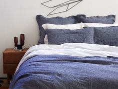 Elegant French Bed Linen  {I love this!......with a textured throw, it would be perfect!}