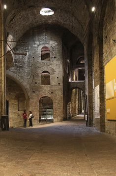 Underground City in Perugia. One of the coolest place I have ever been/seen