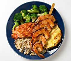 This 2-week jumpstart program helps you drop pounds quickly and easily. The structured plan is built around tasty 400-calorie meals to keep hunger at bay. Healthy fast food options and recipes fit into the busiest schedule.