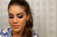 Makeup tutorial by Camila Coelho. Blue & pink eyeshadow. #makeup #camilacoelho #supervaidosa #tutorial #eyeshadow #blue #pink