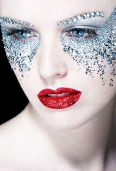 (5) Dazzling Disney Eye Makeup - Likes