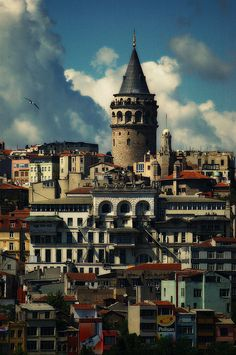 Galata Tower in Istanbul  Fascinating Istanbul  http://www.travelandtransitions.com/destinations/destination-advice/europe/istanbul-travel-hagia-sophia-blue-mosque-topkapi-palace/