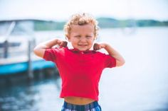 12 Signs Your Child Is a Highly Sensitive Extrovert How To Build Resilience, Resilience In Children, Emotional Resilience, Parenting Strong Willed Child, Highly Sensitive, Sensitive People, Parents, Baby Kind, Old Boys
