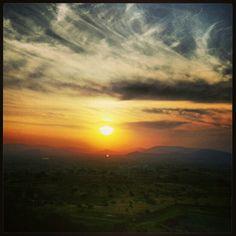 Beautiful Sunset, Lavale