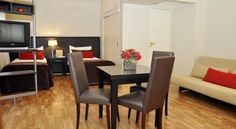 Sarmiento Suites Buenos Aires The Sarmiento Suites offers spacious accommodations with fully-equipped kitchen in downtown Buenos Aires, only one block from Florida Street and near many other tourist attractions. There is free Wi-Fi in all the property.