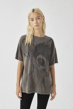 Black T-shirt with Bambi illustration - pull&bear Bambi, Pull N Bear, Bear T Shirt, Fashion Updates, Matching Outfits, Shirt Outfit, New Outfits, Printed Shirts, Tunic Tops