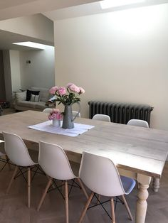 Makeover - A Dining Table Made From Scaffold Boards - Roses and Rolltops Dining Table Upcycle, Dining Table Makeover, Dining Table Chairs, Living Room Chairs, Diy Table, Scaffold Table, Scaffold Boards, Painted Kitchen Tables, Family Dining Rooms