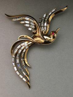 Trifari 'Alfred Philippe' 1950 giant bird of paradise brooch - Glitzmuseum