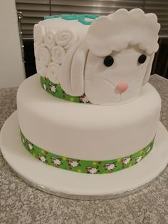 Little lamb baby shower cake Baby Shower Cakes, How To Make Cake, Lamb, Desserts, Food, Cakes Baby Showers, Tailgate Desserts, Deserts, Essen