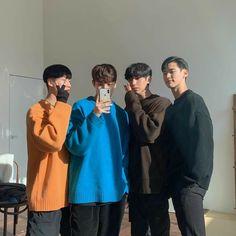 Boy Best Friend, Best Friend Photos, Guy Friends, Best Friend Goals, Couple Ulzzang, Korean Boys Ulzzang, Ulzzang Boy, Kim Bo Bae, Korean Picture