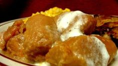 Here is a quick candied yams recipe. Candied Yams Easy, Candied Yams With Marshmallows, Best Sweet Potato Casserole, Yam Or Sweet Potato, Veggie Casserole, Can Yams Recipe, Recipe For Canned Yams, Sauces, Recipes