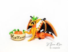 HALLOWEEN Dragon sculpture: Petsha, Pumpkin Dragon. OOAK cold porcelain miniature with decorative pumpkin in bowl, fantasy collection bat