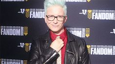 When your paycheck comes in the mail. | Community Post: 14 Tyler Oakley GIFs To Perfectly Sum Up Your Day
