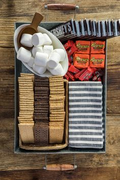 Waiting on Martha Party Food Platters, S'mores Bar, Before Wedding, Summer Recipes, Graham Crackers, Sweet Treats, Yummy Food, Favorite Recipes, Snacks