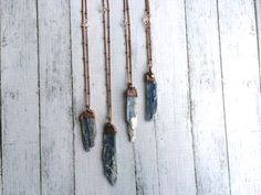 Raw kyanite necklace | Kyanite healing crystal necklace | Kyanite crystal pendant | Blue kyanite pendant | Kyanite mineral necklace