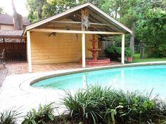 14643 Ravenhurst Ln, Houston, TX 77070 - love the fountain by the pool