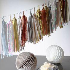 Handcut Luxury Metallic Tissue Tassel Garland