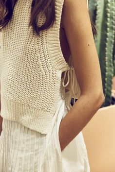 Shop the latest women's clothing and accessories - jackets, coats, sweaters, and dresses. Knitwear Fashion, Crochet Fashion, Crochet Clothes, Diy Clothes, Knit Vest Pattern, Summer Sweaters, Summer Knitting, Knitting Designs, Fashion Looks