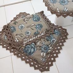 Decorative Boxes, Quilts, Ariana, Irene, Aurora, Crochet Jacket Pattern, Kitchen Fabric, Crochet Triangle, Crochet Borders