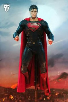 Christopher Reeve mold in Man of Steel costume.