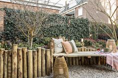 Are you fed up with the usual garden furniture and would you like something unique? Garden Yard Ideas, Terrace Garden, Garden Projects, Garden Furniture, Outdoor Furniture Sets, Outdoor Decor, Outside Living, Outdoor Living, Dream Garden