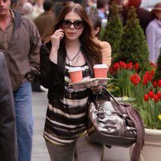 'lulu' 55mm Rectangular Sunglasses Georgina Sparks's Sunglasses featured in Gossip Girl Season 1 Episode 17 Woman On The Verge