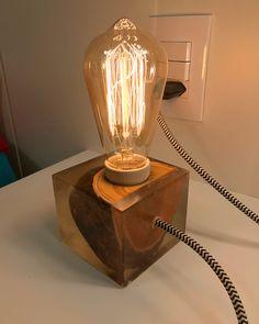 Light Table, Lamp Light, Light Bulb, Wooden Lamp, Wooden Diy, Diy Home Bar, Epoxy Resin Wood, Lamp Inspiration, Rustic Lamps
