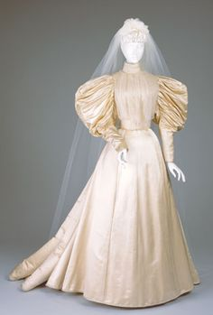 Cream satin wedding dress by M.Z. Carey, American (Cincinnati), 1896. Cincinnati Art Museum.