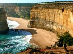 Port Campbell, Australia via And®e Nova Zelândia, Victoria Australia, Australia Beach, Australia Travel, Vic Australia, Oh The Places You'll Go, Places Ive Been, Places Around The World, Places To Travel
