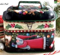 SANTA GOODIE PAIL   DELLA WETTERMAN  PATTERN PACKET