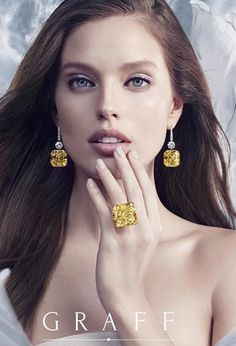 he Ultimate Element – Air Magnificent yellow diamonds – a speciality of the House of Graff, are perfectly complemented by an ethereal Gems Jewelry, High Jewelry, Photo Jewelry, Luxury Jewelry, Jewelry Art, Diamond Jewelry, Jewelry Accessories, Jewelry Design, Fashion Jewelry