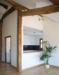 #Comedor #Cocina #moderno #decoracion via @planreforma #pared #ventanas #maderadiseñado por Aurora pensando en blanco - Decorador