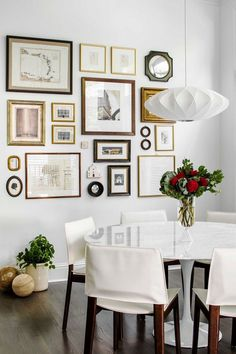 Get inspired by Modern Dining Room Design photo by TERRACOTTA DESIGN BUILD. Wayfair lets you find the designer products in the photo and get ideas from thousands of other Modern Dining Room Design photos. Dining Room Walls, Dining Room Design, Living Room Decor, Small Living Room Design, Decoration Inspiration, Inspiration Wall, Decor Ideas, Art Decor, Easy Home Decor