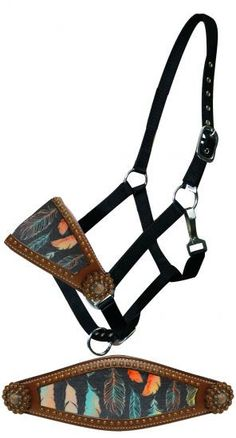 Dark Horse Tack is proud to offer... Showman ® Feather print bronc nose halter. Noseband is accented with copper studs and conchos. Black nylon with nickel plated hardware and eyelets. Adjustable on c