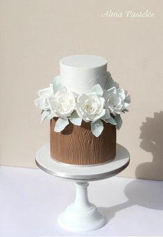 Woodland inspired wedding cake