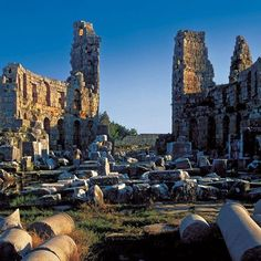 Perge - This the best place to visit in Antalya. It has a touch of both #Greek and #Roman #Architecture