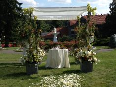 Statue Garden Ceremony