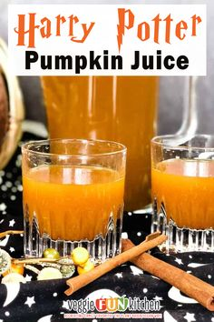 Refreshingly chilled and spicy pumpkin juice – just like Harry Potter and his pals drank! Have you tried the Pumpkin Juice from Diagon Alley in Harry Potter World at Universal Studios? This homemade version of Harry Potter's favorite Pumpkin juice is simmered on the stovetop then chilled for an authentic spicy, pumpkiny flavor. Adult version too! | Veggie Fun Kitchen @veggiefunkitchen #halloweendrinks #harrypotterdrinks #healthyhalloweendrinks #pumpkinjuice #veggiefunkitchen Vegan Dinner Recipes, Fall Recipes, Whole Food Recipes, Vegetarian Recipes, Drink Recipes, Beef Recipes, Snack Recipes, Vegan Pumpkin Pie, Canned Pumpkin