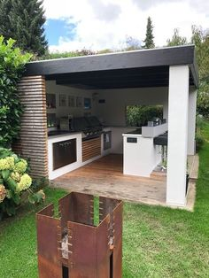 You have finally fitted out the modern fully equipped kitchen of your dreams, with a functional induction hob … Only downside: maintenance. Outdoor Kitchen Patio, Outdoor Kitchen Design, Outdoor Living, Outdoor Kitchens, Parrilla Exterior, Design Jardin, Backyard Patio Designs, House Design, Image