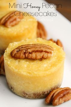 healthy easy dessert recipes, evaporated milk recipes dessert, almond dessert recipes - These mini honey pecan cheesecakes are made with sweet honey cheesecake over a pecan crust. They are a great dessert recipes for holiday parties. Mini Desserts, Great Desserts, Party Desserts, Dessert Recipes, Chocolate Desserts, Brownie Desserts, Dessert Simple, Honey Dessert, Low Carb Dessert