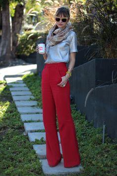 de calças :)