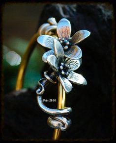 Beautiful ❤️ Simple and elegant By Deborah Taylor