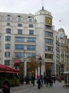 Louis Vuitton 101, Avenue des Champs-Elysees, Paris 75008 France