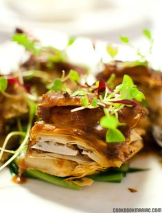 how cool does this idea sound....  pork belly baklava!!!!!!!