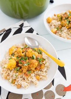 Cauliflower and Chickpea Coconut Curry #eatcleanpinparty