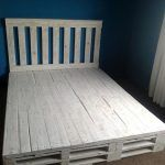 Recycled Pallet Bed Frame 101 Pallets Inspiration Of Diy Pallet Bed Pallet Bed Frames, Diy Pallet Bed, Diy Bed Frame, Pallet Crafts, Diy Pallet Furniture, Diy Pallet Projects, Furniture Projects, Pallet Headboards, Pallet Couch