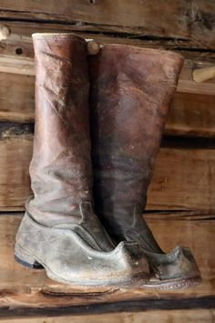 Riuttalan Talonpoikaismuseo - museum's rustic peasant atmosphere has remained intact and it's distinctive architecture provide a great Finnish attraction. Finland, Cowboy Boots, Farmhouse, Museum, Shoes, Fashion, Moda, Zapatos, Shoes Outlet
