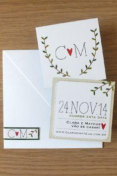 Convite 16x22cm em Rives Linear Pale Cream 250g/m² com dobra, cinta de papel Kraft 180G/m² […]